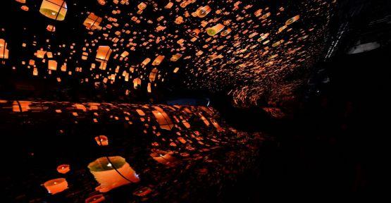 LG'nin OLED Şelaleleri CES Katılımcılarını Hayrete Düşürüyor