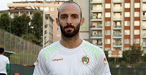 Efecan Karaca ile sözleşmesini 3 yıl uzattı