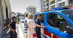 Ukraynalı Turiste Jandarmadan Hanutçuluk Baskını