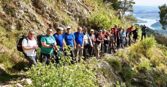 Konya Antalya Arasını Yürüyerek geçtiler