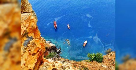 Alanyada Tur Teknesi Battı