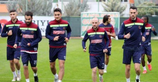 Aytemiz Alanyaspor, yarın evinde Yeni Malatyaspor'u ağırlayacak.