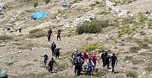 Gazipaşa'da Çoban Uçuruma Düştü